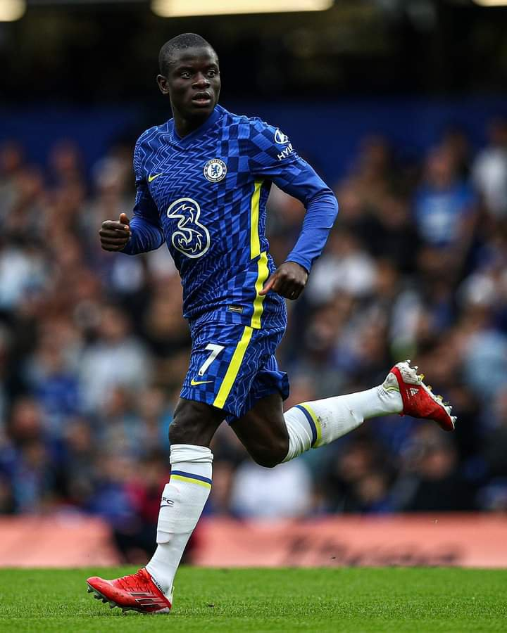 N'Golo Kante out of Juventus match with coronavirus.